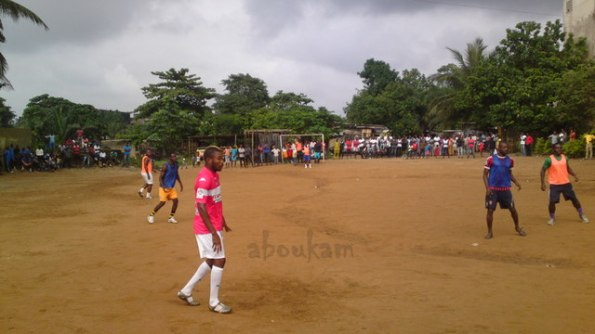 Mondial2014 Serey Die de retour au barcail (Abidjan)