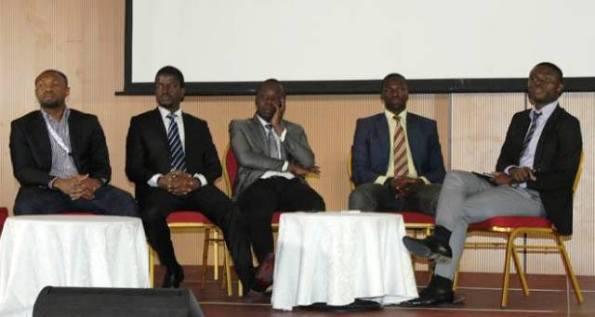 1) JP.Ehouman (CEO à Alldeny)   2) Régis Bamba (CEO de IntelGeo) 3) Ncho Yao (CEo de INSECURITY Days) 4) Moussa Bakayoko (Project manager chez MTN-CI)   5) Wilfried Adingra (moderateur) -photo Dr