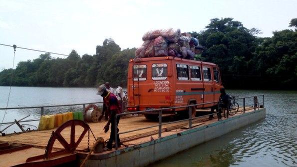bac-fleuve-comoé-sandégué-prikro-bouaké -Côte d'Ivoire