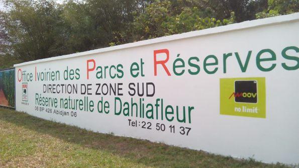 Symbole du partenariat Moov CI et l'OIPR pour la préservation des parcs et réserves