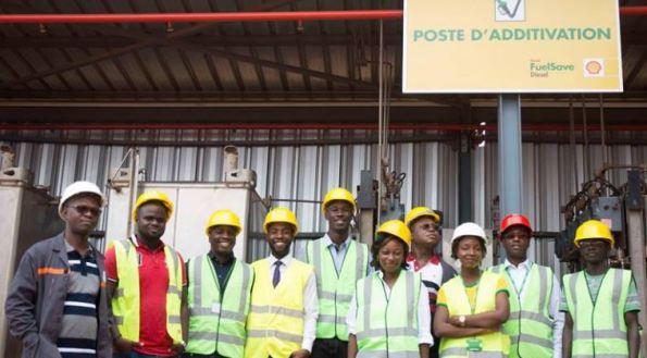 Vivo Energy Côte d'Ivoire présente son carburant économique Shell Fuelsave au blogueur 1